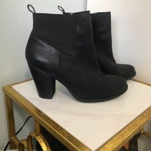 Lucky Brand 🍀 Leather Booties